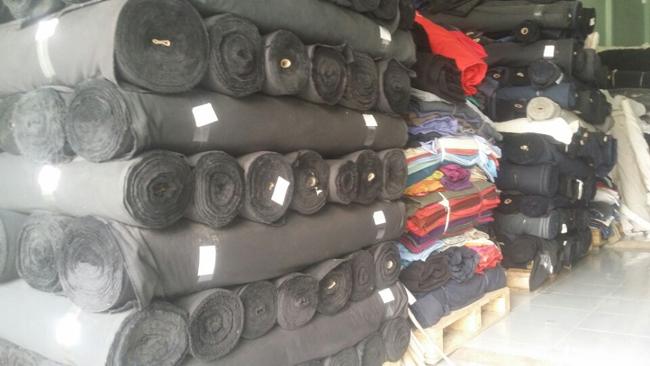 Thu mua số lượng lớn vải tồn kho của công ty may, công ty dệt.